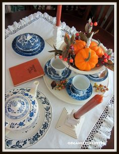Organized Clutter: A Fall Dining Table Display