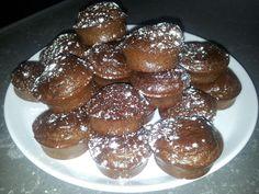 Voor de chocolade kokos muffin heb ik alle ingrediënten in huis. Varieer met geitenkaas en bieslook, speculaaskruiden of maak hartige met paprika & olijf?