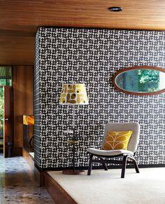 Stylised acorn cups in a retro geometric look by Orla Kiely.