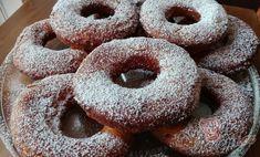Vynikající měkké vdolečky | NejRecept.cz Christmas Baking, Doughnut, Drinks, Pastries, Author, Drinking, Beverages, Tarts, Drink