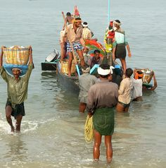 https://flic.kr/p/vQbnG | Fishermen's Return, Kerala - India