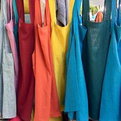 Coudre un tablier japonais ; tutos et patrons gratuits - Coin Couture, Couture Sewing, Couture Tops, Couture Dresses, Sewing Clothes, Diy Clothes, Japanese Apron, Chef, Mode Inspiration