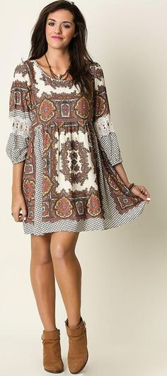 UMGEE BOHEMIAN DRESS THE PERFECT DRESS FOR SPRING & SUMMER! Beautiful, comfortable, and chic...this dress is so amazing! Super cute paisley print on this dress is so feminine and flattering. Button cl