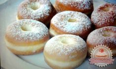 Méteres kalács szelet Bagel, Doughnut, Cake Recipes, Yummy Food, Bread, Easy Cake Recipes, Delicious Food, Brot, Baking