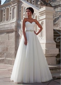 Stunning Lace & Tulle Sweetheart Neckline A-line Wedding Dress