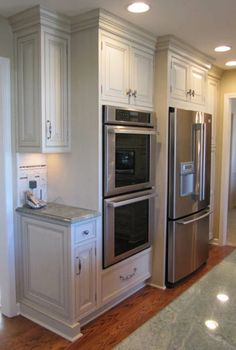 Refrigerator and oven side by side, pantry right of fridge, work space by oven. Double Oven Kitchen, Kitchen Oven, Kitchen Redo, Kitchen Layout, Home Decor Kitchen, Kitchen Interior, Home Kitchens, Kitchen Remodel, Kitchen Ideas