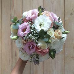 #fleurentina #bouquet #bridal #bridalaccessories #flowers #floral #floweraccessories #wedding #summertime #love ✨