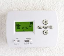 Energy-saving at holiday time > What you can to conserve energy through the holidays and the New Year.