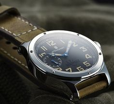 Marching doubletime with the Steinhart Military 47 - WristWatchReview.comWristWatchReview.com