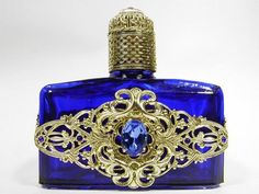 484907 VINTAGE CZECH HAND MADE PERFUME BOTTLE WITH TOPPER