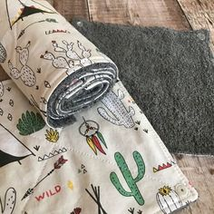 Your place to buy and sell all things handmade Rolled Paper, Kitchen Towels, How To Run Longer, Zero Waste, Reuse, Cotton Fabric, How To Make, Gifts, Presents