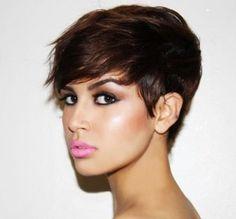 Tagli corti per capelli scuri/neri! | http://www.taglicapellicorti.net/tagli-capelli-corti/tagli-corti-per-capelli-scurineri/123/
