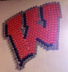 On Wisconsin, on bottle caps. Beer Cap Art, Beer Bottle Caps, Bottle Cap Art, Bottle Cap Crafts, Beer Cap Crafts, Bullet Crafts, Perler Bead Templates, Peler Beads, Iron Beads