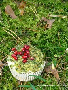 Było już zielone ciasto z udziałem szpinaku, czasu na muffinki. Przepis identyczny z nieco zmienionymi proporcjami. Efektem są pyszne małe ...