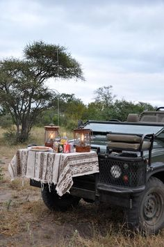 Love the table cloth Mini Caravan, Land Rover Off Road, Safari Decorations, Best 4x4, Expedition Truck, Game Lodge, Land Rover Defender, Range Rover, Land Cruiser