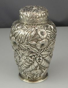 Repousse Antique Silver Tea Caddy - graphic could be faded onto the outer packaging. Vintage Silver, Antique Silver, Art Japonais, Teapots And Cups, Teacups, Tea Tins, Tea Strainer, Tea Caddy, Tea Accessories