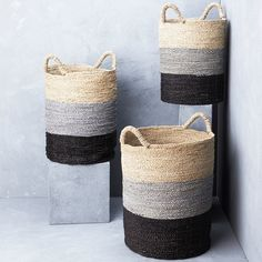 Striped seagrass laundry basket Handwoven Baskets from Java, Indonesia. Our baskets are made from natural fibres using traditional weaving techniques providing beautiful functional pieces with a textural feel. Plant Basket, Rope Basket, Basket Weaving, Hand Weaving, Bamboo Basket, Painted Baskets, Basket Decoration, Weaving Techniques, Storage Baskets