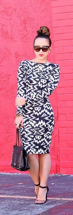 Psychedelic Print Dress and High Heels Street Styl...