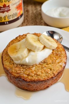 Slimming Eats Banana Baked Oatmeal - gluten free, vegetarian, Slimming World and Weight Watchers friendly astuce recette minceur girl world world recipes world snacks Baked Oats Slimming World, Slimming World Cake, Slimming World Desserts, Slimming World Recipes Syn Free, Slimming World Puddings, Slimming World Breakfast Muffins, Slimming World Syns List, Slimming World Overnight Oats, Slimming Eats