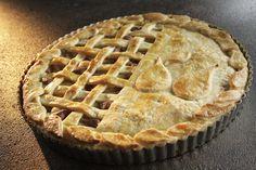 Resep l Martjie se sjokolade- en peertert South African Recipes, Apple Pie, Cooking Recipes, Afrikaans, Baking, Sweet, Desserts, Food, Tarts