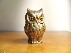 Vintage Owl Table Lighter, TAN 1964 Owl Lighter, Brass Colored Owl Lighter, Gold Tone Metal, Collectible Owl Figurine