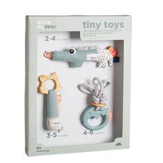 Originele rammelaar én squeezer in één; van Done by Deer. Rammel en knijp in het buikje en kijk eens hoe blij je baby zal reageren ! Vrolijk speelgoedje!