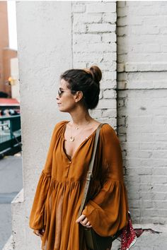 Blouse_Mustard-Isabel_marant_Sandals-Topknot-Outfit-Street_Style-2