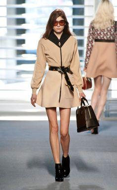 Louis Vuitton - Fall/Winter 2014-2015 Paris Fashion Week