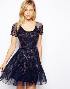 ASOS - Jolie robe patineuse à imprimé floral orné