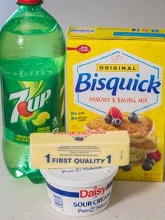 Ideal flavor and texture, and they couldn't be easier! 7 Up Bisquick Biscuits, 7 Up Biscuits Recipe, Biscuit Bread, Bisquick Recipes, Muffin Bread, Homemade Biscuits, Baking Recipes, Sourdough Biscuits, Homemade Waffles