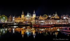 Night view of Amsterdam Central Station by Josue Friedrich on 500px