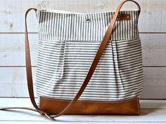 Diaper bag / Messenger bag STOCKHOLM Gray by ikabags