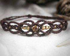 Simple and Elegant Makrame Bracelet Tribal Ethno por MacramaniaShop