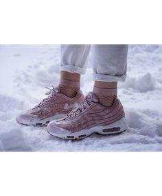 low priced 60333 8a5b7 Nike Air Max 95 Rose Pink Sale