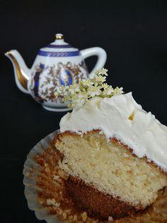 Elderflower cupcake