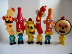 Mr. Potato Head Picnic Pals toys, c. 1966. From Tracy's Toys (and Some Other Stuff blog.