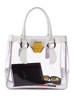 Clothes and Camera: Transparent Bags Clear Handbags, Tote Handbags, Purses And Handbags, Fashion Watches, Fashion Bags, Fashion Outfits, Versace Designer, Transparent Bag, Clear Bags