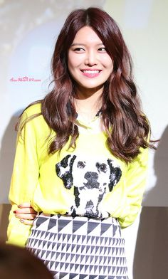 Sooyoung ~ dog-print sweater & geometric skirt 바카라카지노✺✺❶ DUB415.COM ❶✺✺바카라카지노