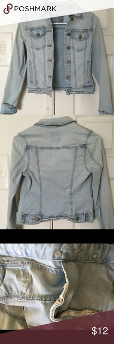 Beautiful Denim Jacket Size Small from I &M Jeans This is a beautiful denim jacket in a light baby blue color! It has an almost cropped style and it is fitting and fits true to size! The material is comfortable as well! Jackets & Coats Jean Jackets