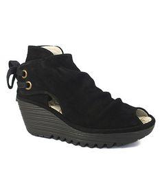 02168dabdc4f FLY London Black Yema Suede Sandal