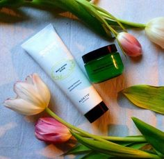 Such a cute couple for warmer weather - exfoliate with the Enzyme Peel and moisturize with Nutri C Moisture Creme