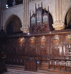 The choir organ in the cathedral of Notre-Dame de Paris is 30-stop instrument with two keyboards and a pedalboard.