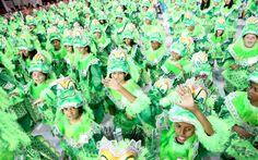 Pequenos dançam na Ala das Crianças da Mancha Verde