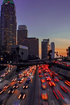 Los Angeles California The Best Travel Photos - City of Los Angeles City Wallpaper, Aesthetic Pastel Wallpaper, Aesthetic Backgrounds, Aesthetic Wallpapers, Aesthetic Stickers, Retro Wallpaper, City Aesthetic, Travel Aesthetic, Aesthetic Photo