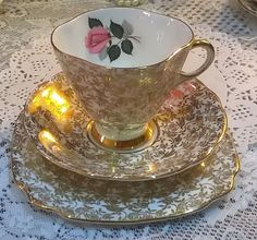 Stunning vintage Windsor china trio gorgeous gold chintz with lovely pink rose