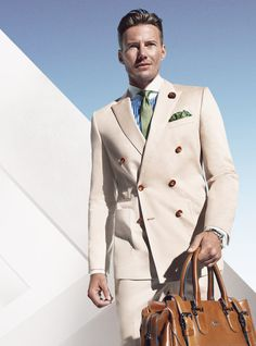 We do love a light v coloured suit gents so check out #BOSS SS2014 !