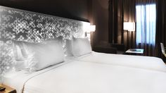 The fascinating bas-relief backlighting by KRION Solid Surface Snow White. The new-generation solid surface