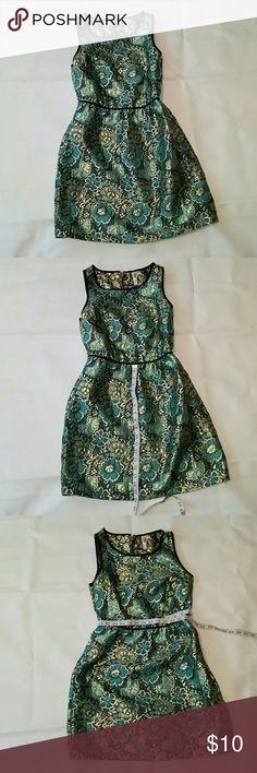 Dress Vintage looking dress Xhilaration Dresses Midi