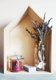 Little * Haus Magazine: DIY: Sales de baño aromáticas / DIY bath salts