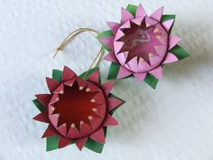 Flower ornaments or brooch...